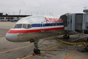 An American 757 at ORD (by Ryan Ewing)