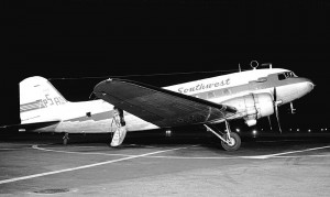 A PSA DC-3 (Photo via Wikiemedia Commons/Bill Larkins)