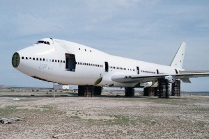 A 747 being scrapped in a boneyard (Photo provided by Ian Abbott (Flickr) Creative Commons License Attribution-ShareAlike 2.0) http://bit.ly/1HpUhtx