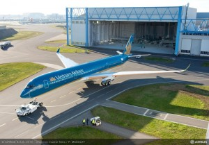 Vietnam Airlines A350 (Photo via Airbus)