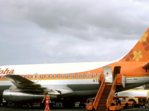 "Photo provided by ""Aloha Airlines Boeing 737-200 Silagi-1"" by Richard Silagi - http://www.airliners.net/photo/Aloha-Airlines/Boeing-737-284-Adv/1291424/L/. Licensed under GFDL via Wikimedia Commons."