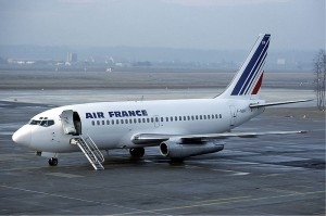 An Air France 737-200 (Photo provided by Eduard Marmet [CC BY-SA 3.0 (http://creativecommons.org/licenses/by-sa/3.0), CC BY-SA 3.0 (http://creativecommons.org/licenses/by-sa/3.0) or GFDL 1.2 (http://www.gnu.org/licenses/old-licenses/fdl-1.2.html)], via Wikimedia Commons)