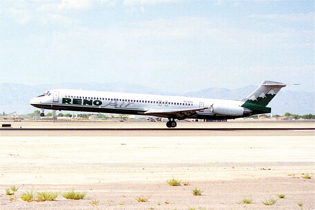 A Reno Air MD80 (Photo provided by  Aero Icarus from Zürich, Switzerland [CC BY-SA 2.0 (http://creativecommons.org/licenses/by-sa/2.0)], via Wikimedia Commons)