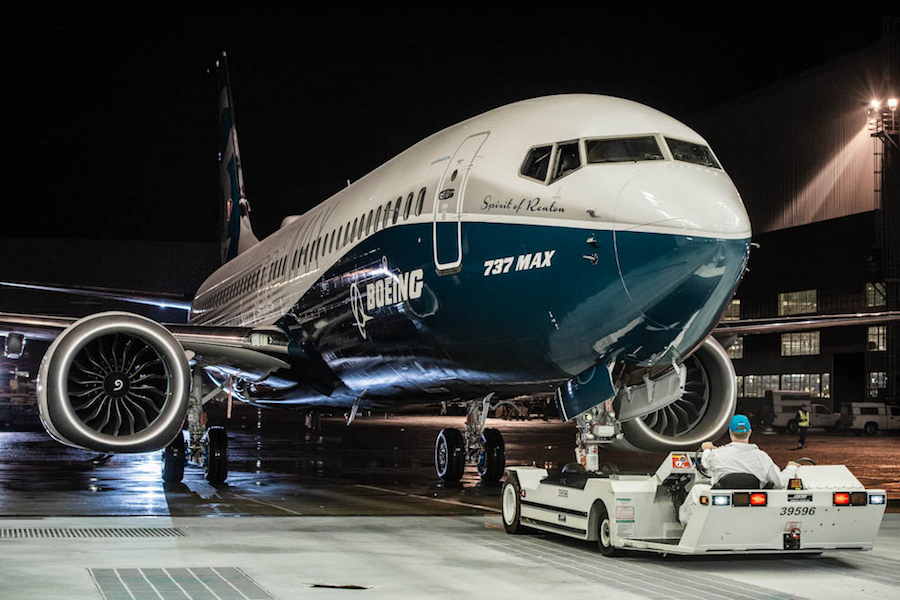 Boeing Rolls Out First 737 Max 8 Airlinegeeks Com