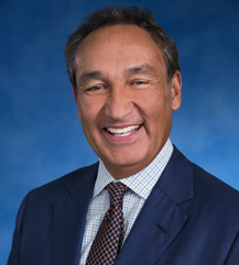 Oscar Munoz - Photo Courtesy of United