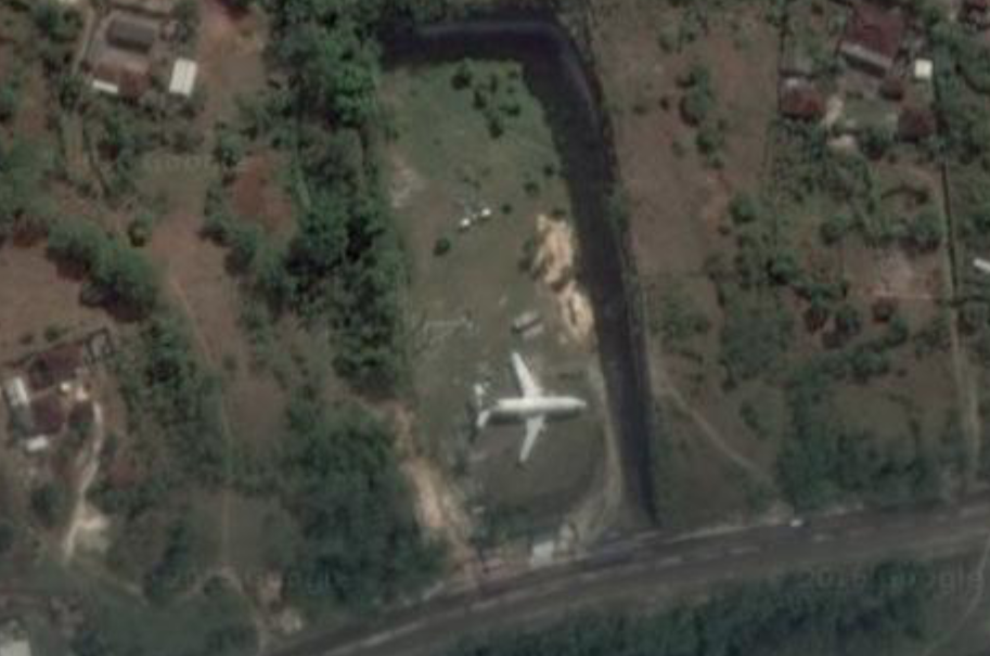 The Mystery Of Bali S Abandoned Aircraft Airlinegeeks Com