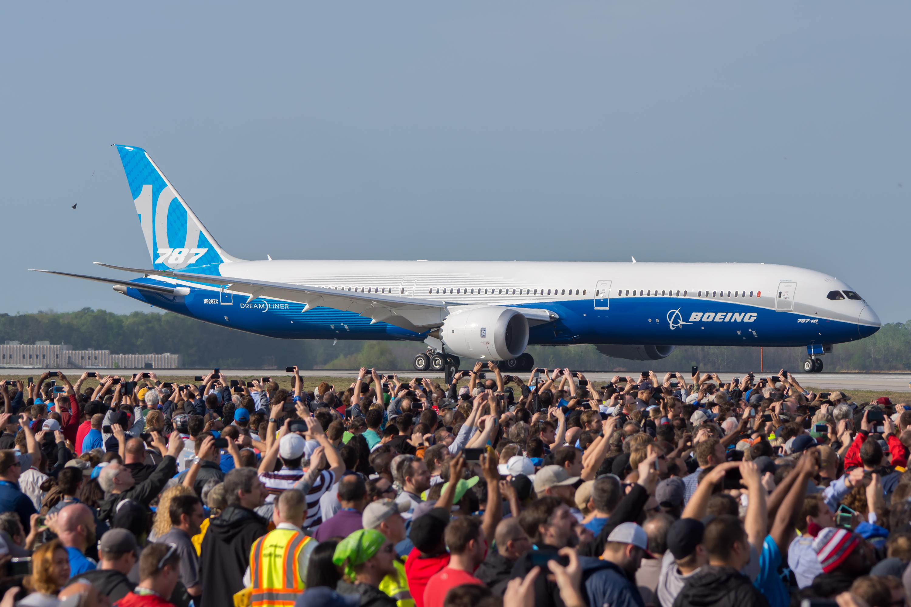 Photos The Boeing 787 10 Completes Maiden Flight In North