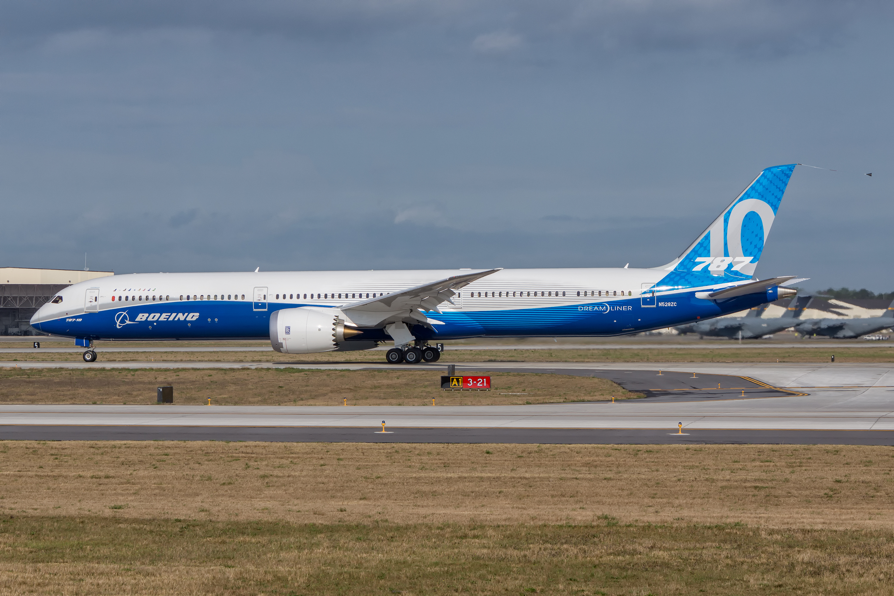 Photos the boeing 787 10 completes maiden flight in north photos from the first flight sciox Images