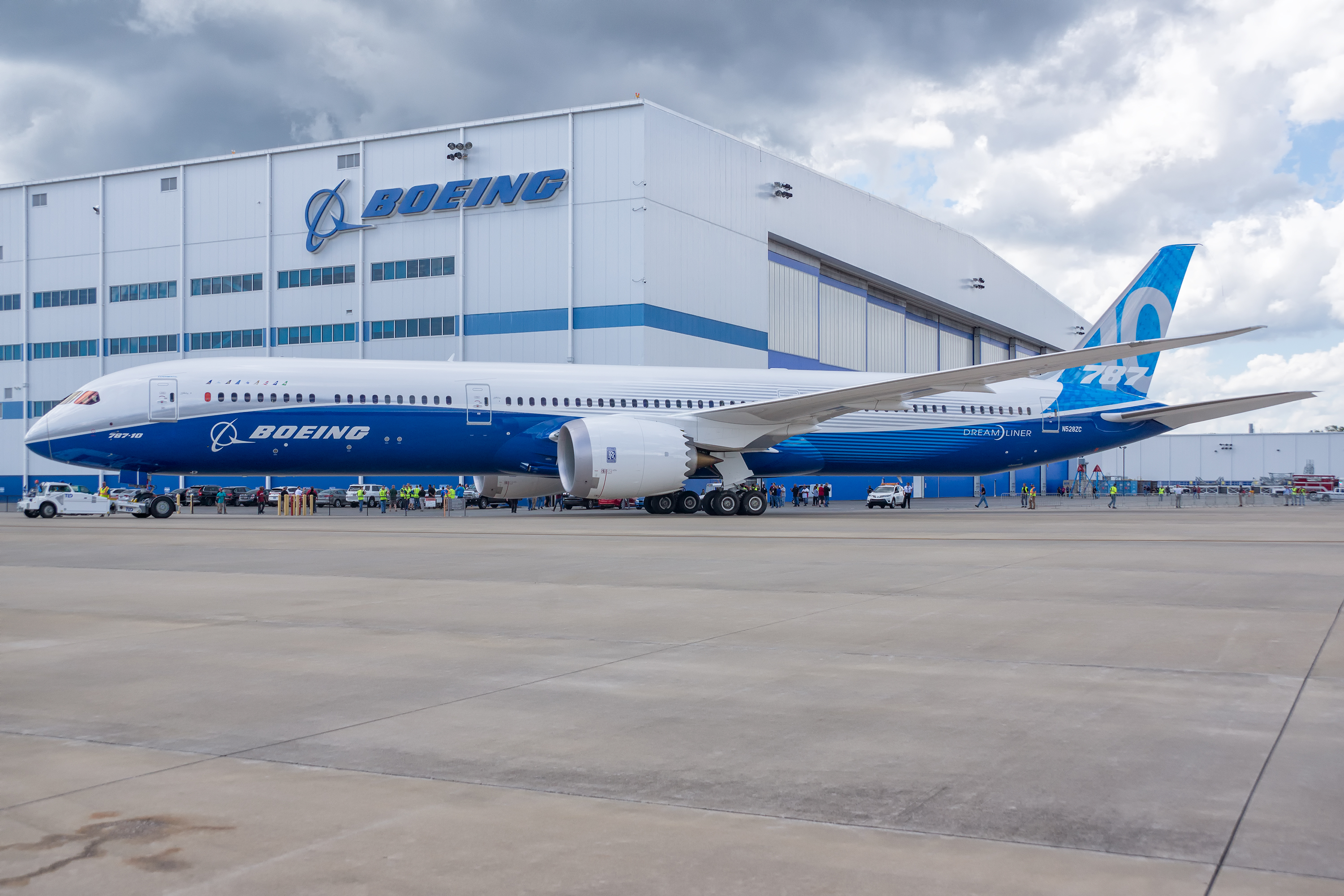 Acdata 7674 en moreover Boeing Reveals Air Force T X  petitor besides toppersandmore in addition A 10 Thunderbolt Ii The Ultimate Tank Buster further Photos The Boeing 787 10  pletes Maiden Flight In North Charleston S C. on general electric service