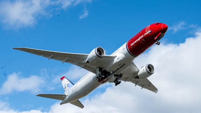 Norwegian Air takes fares fight to Asia with new London-Singapore route