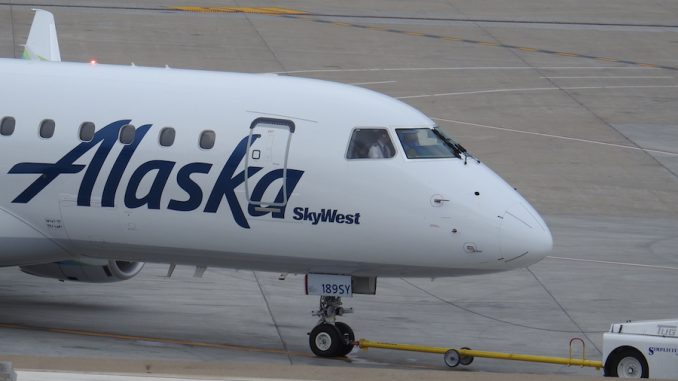 Embraer gets firm order for 20 E-Jets from SkyWest
