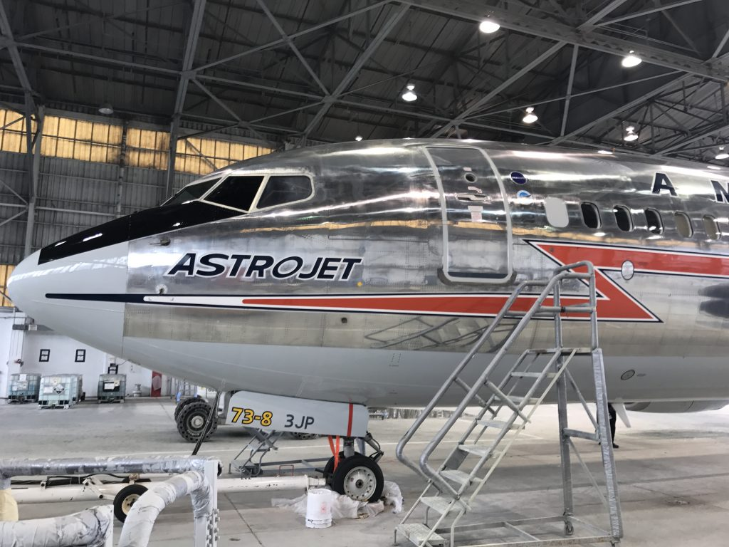 Photos: American Rolls out New AstroJet-Themed Boeing 737