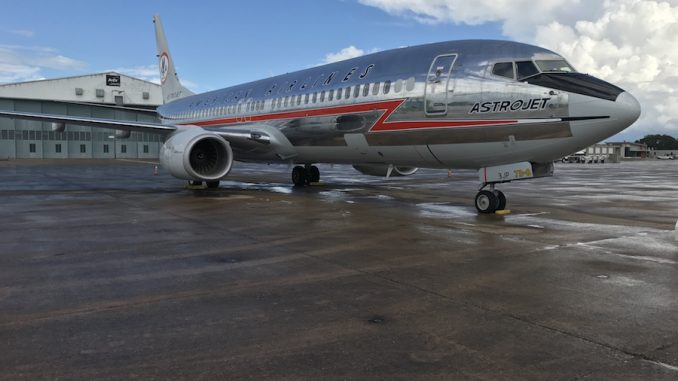 Photos: American Rolls out New AstroJet-Themed Boeing 737-800