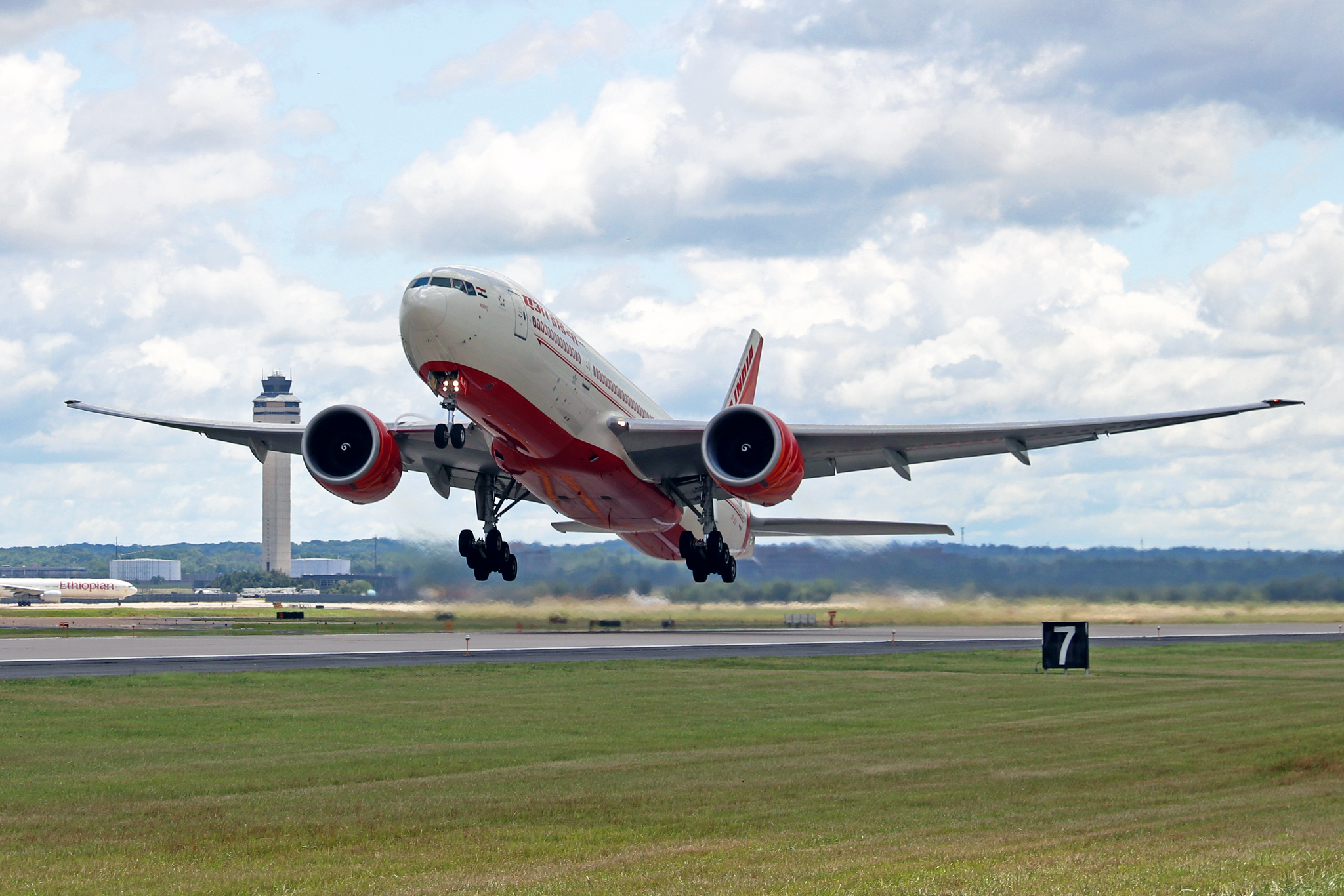 Resultado de imagen para Air India take off