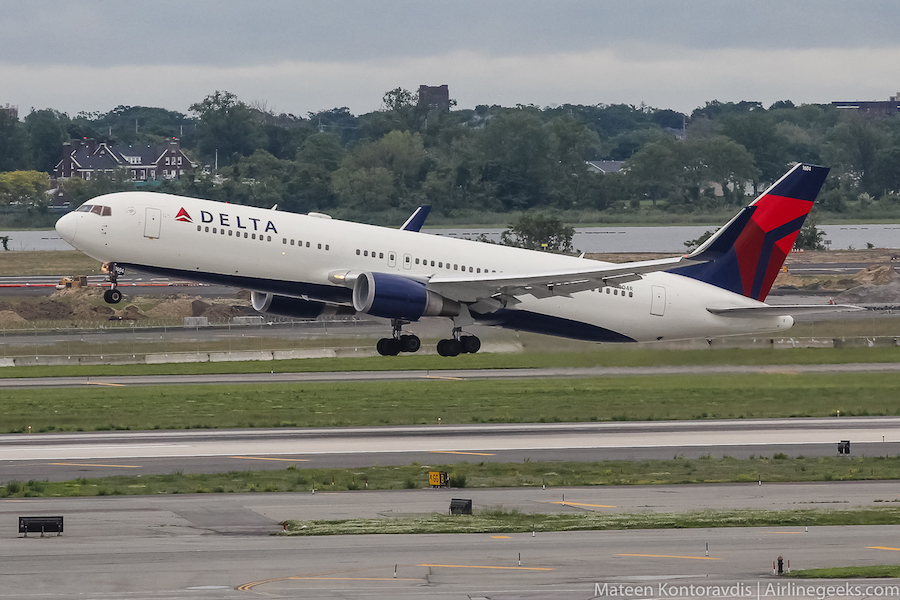 Best option to fly from ny to amsterdam by delta
