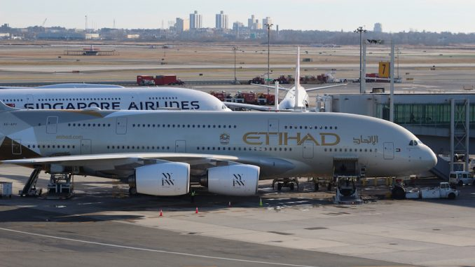 Emirates orders 40 of the newest Dreamliners