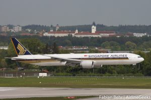 Singapore Airlines 777-300ER in Munich