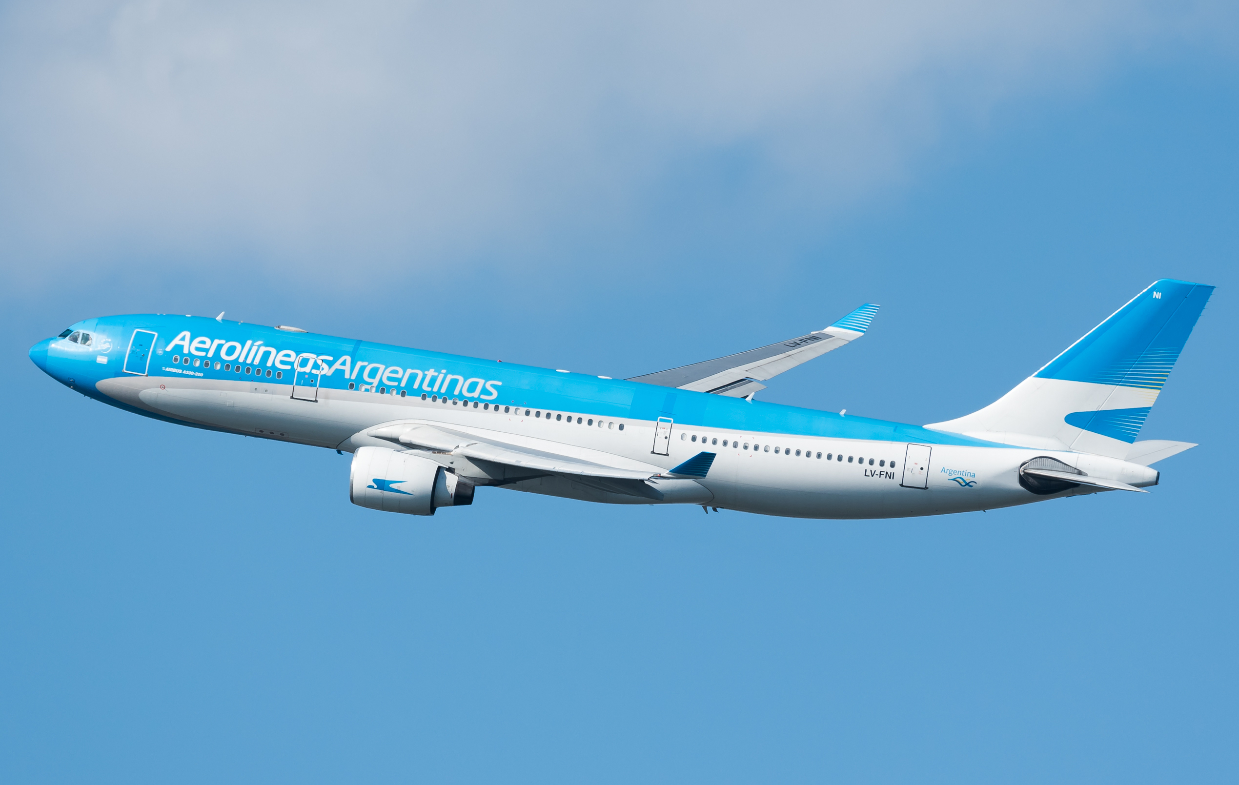 Argentina To Resume Flight Operations In Mid October Airlinegeeks Com