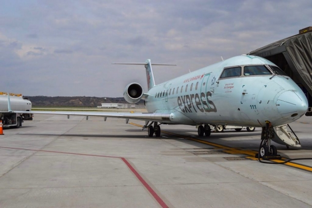 Air Canada CRJ-200 sits at the gate in Omaha, Nebraska. (Photo: AirlineGeeks | Matthew Garcia)