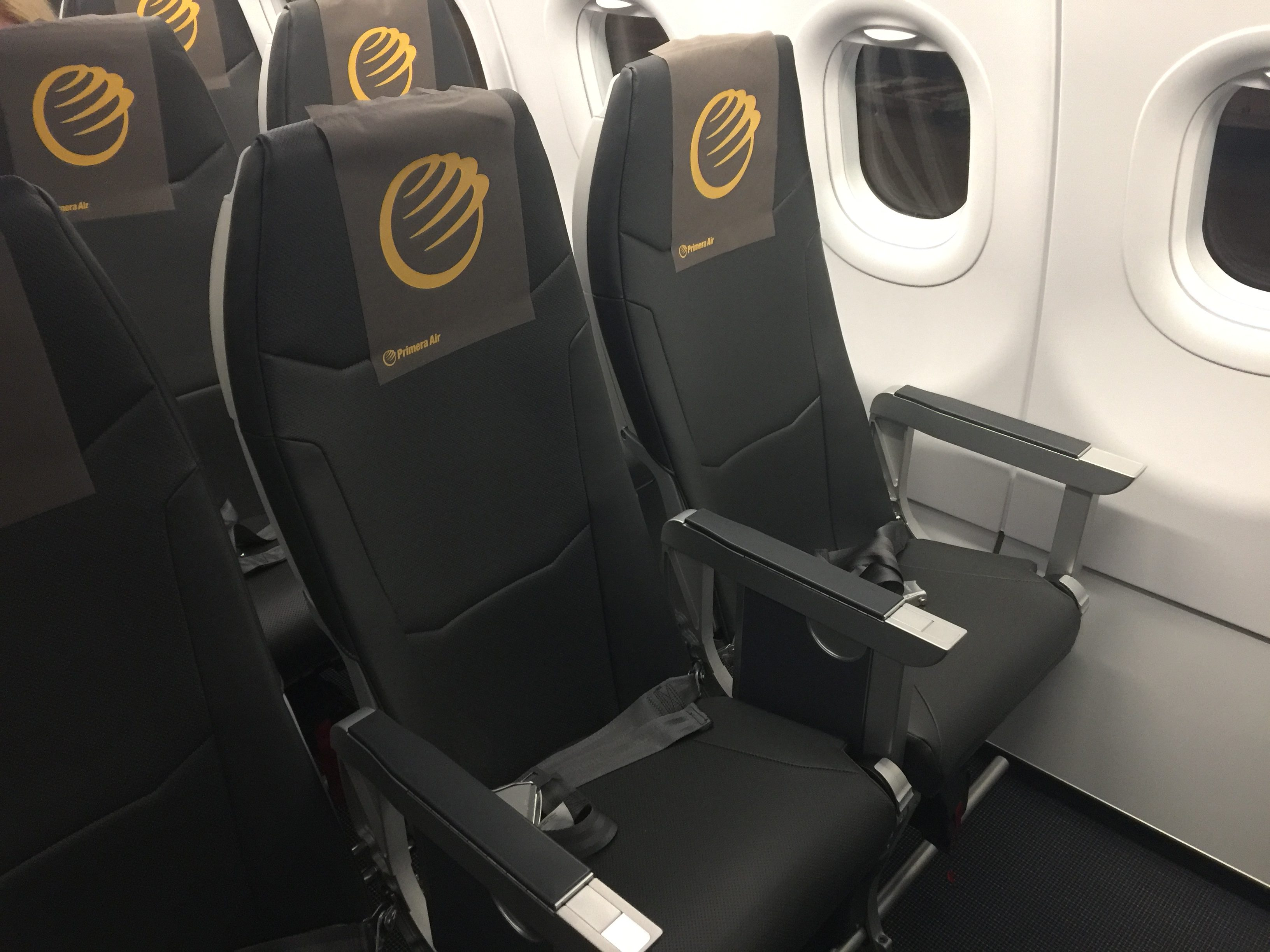 Walking Past The 16 Seat Premium Cabin Into Economy I Was Instantly Reminded Of Frontier Airlines Interior As Style Are Near Identical