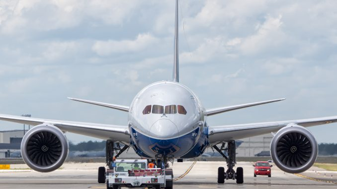 Boeing Tackles Future Pilot and Technician Shortage by