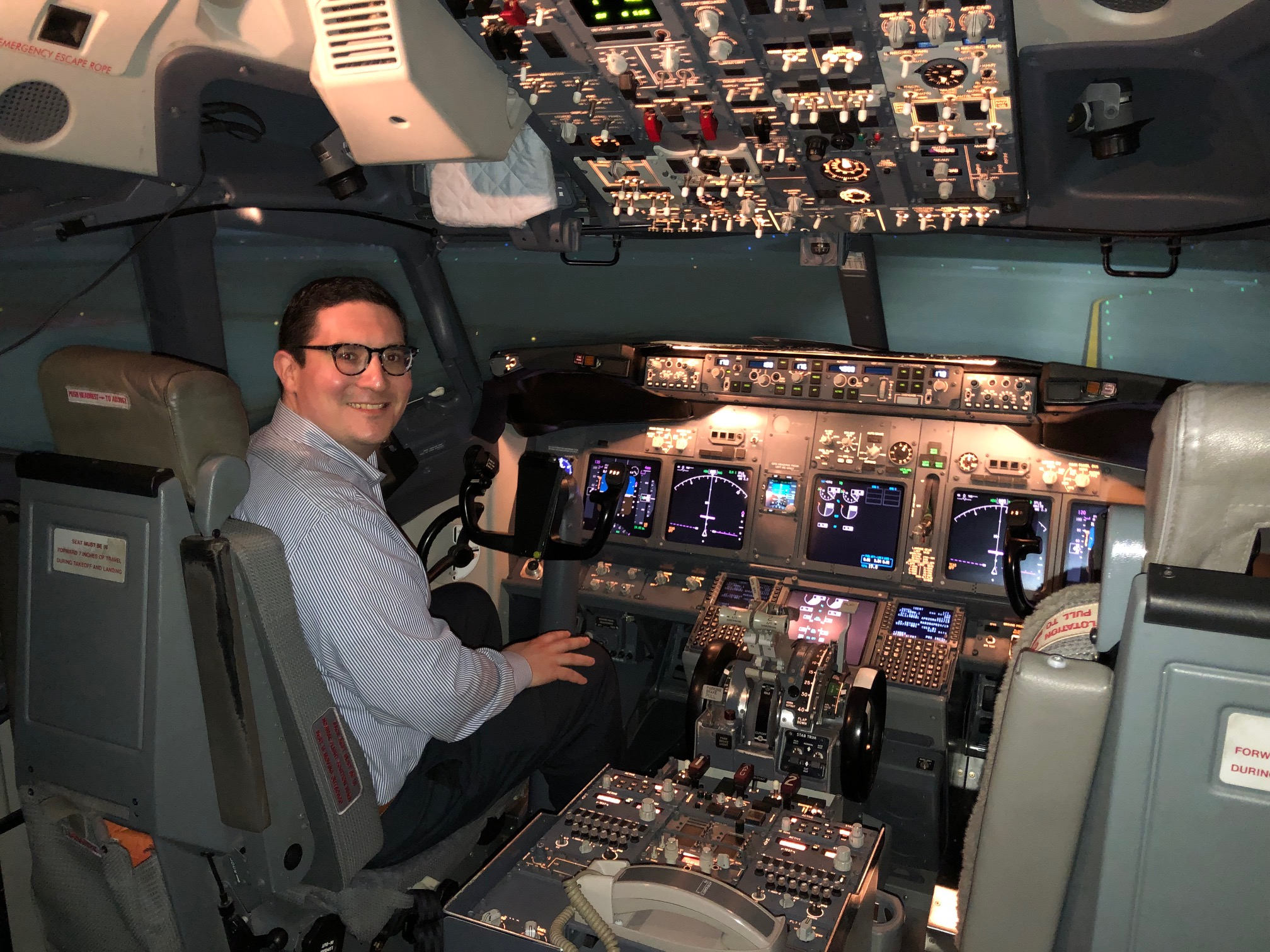 From a Cessna 172 to a Boeing 737: Trying My Hand at Flying