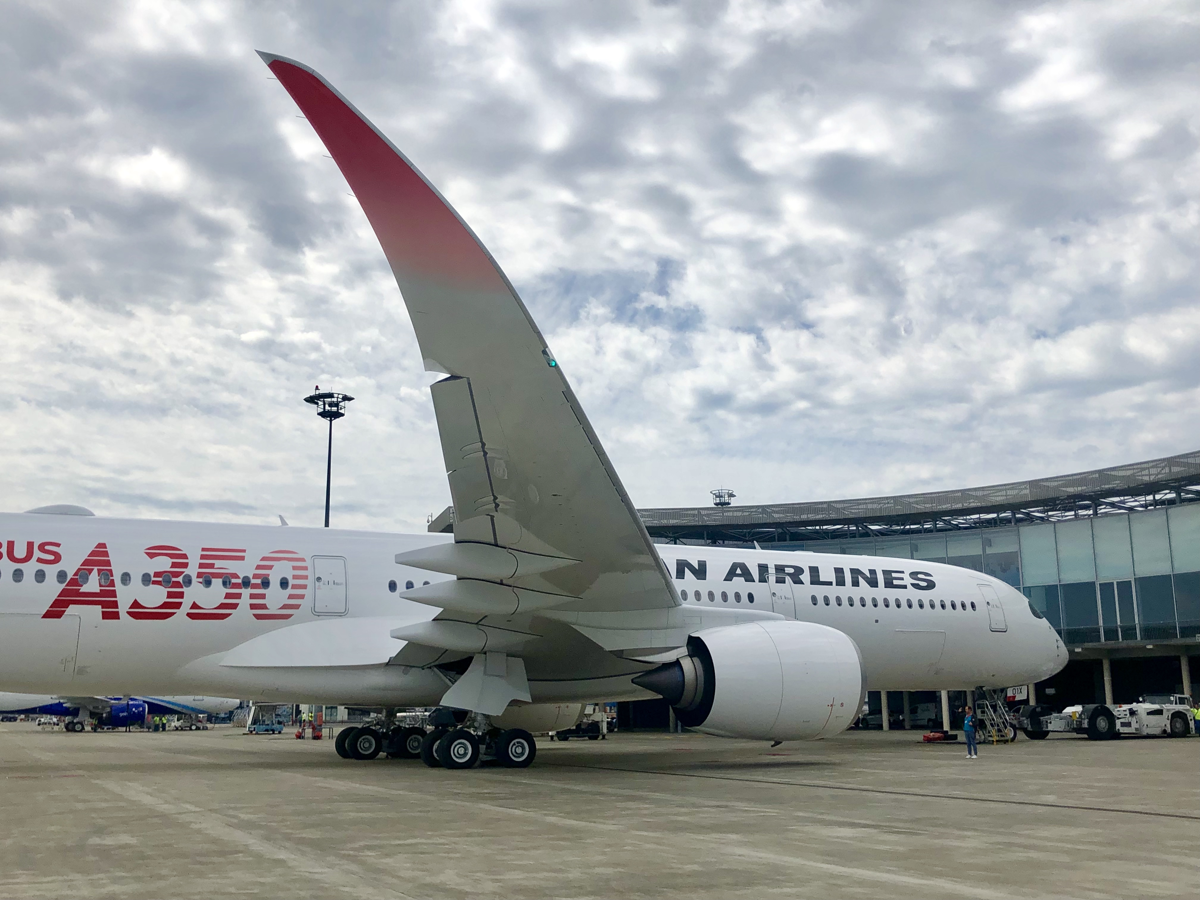 Airbus delivers first A350 to Japan