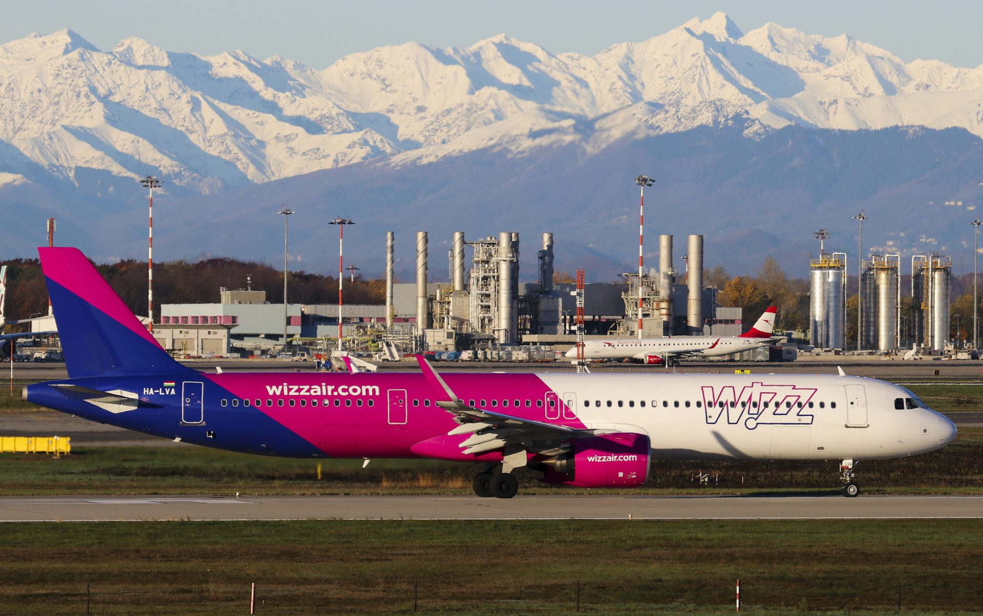 How Wizz Air S Attainment Of Easa Safety Certification Shapes The Airline Group S Brand Airlinegeeks Com